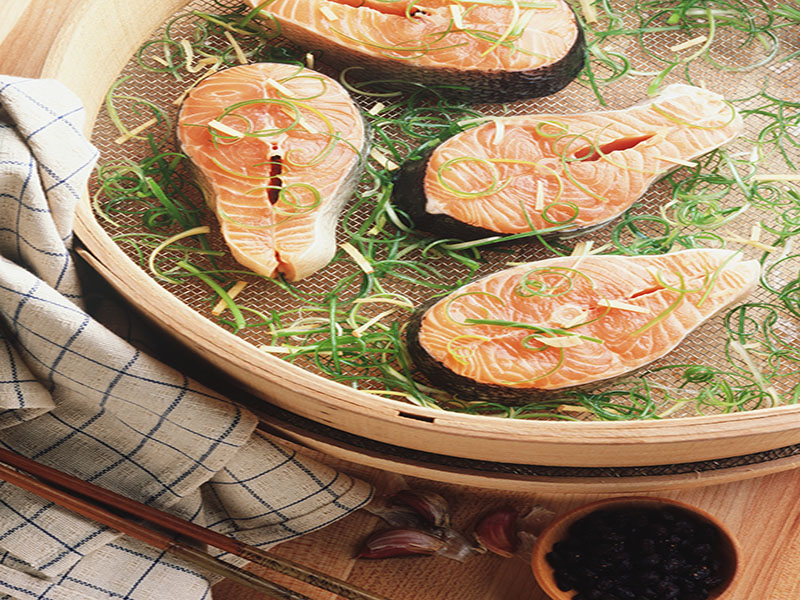 Seafood Offers Vital Nutrient for Expectant Moms and Babies